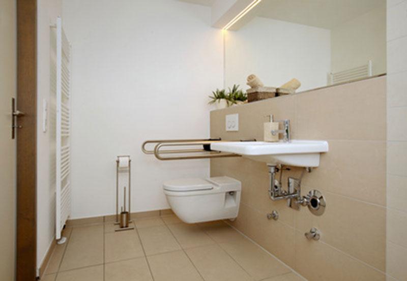 wohlfühlbadezimmer (auch altersgerecht) aus jülich, Badezimmer